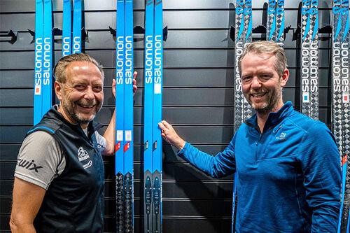 Eirik Torbjørnsen, daglig leder i Birken, og til høyre Bård Bakke som er Global Commercial Manager Salomon XC. Foto: Salomon Norge.