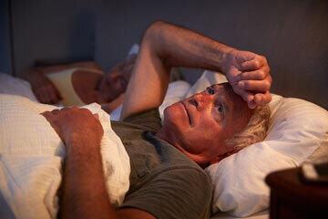 bs-Worried-Man-Bed-210016348-360