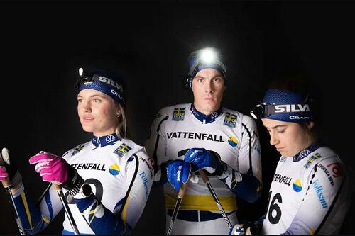 Silva hodelykter lyser opp svensk langrenn. Foto: Bildbyrån.
