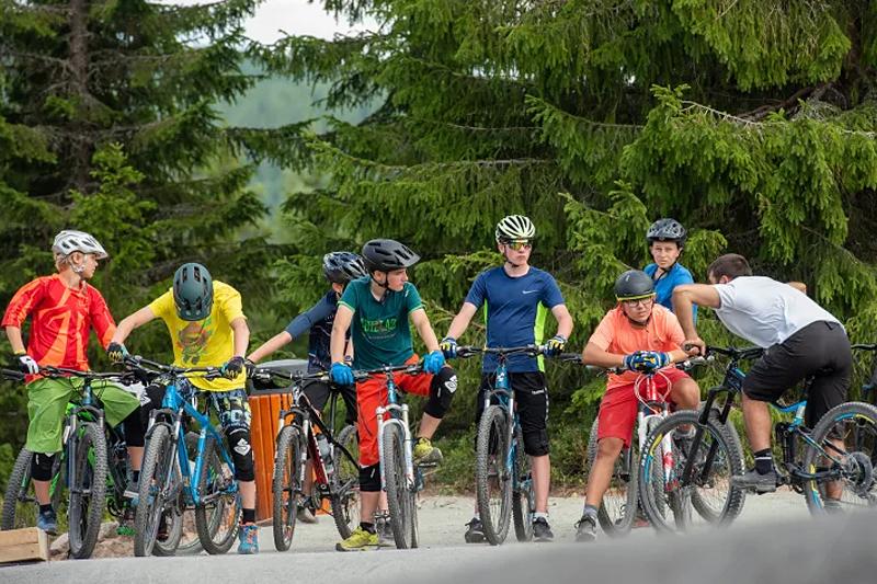 Stisykling er blitt populært blant barn og unge. Terrengsykkelcampen i Trysil har vært fullbooket de to siste årene. Foto: Destinasjon Trysil.