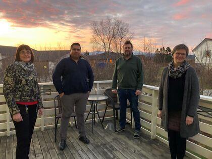 - Velkommen hjem til jul, sier gjengen i beredskapsgruppa. Fra v. Jorunn Nilsen, Nils Veraas, Gregory Hautois og Inger-Julie Næstby.