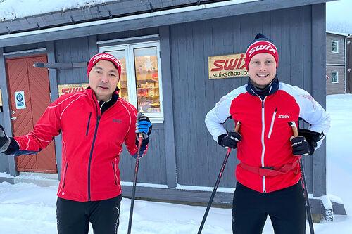 Pat Lam Thorstad og Christian Erichsen utgjør nå produktutviklingsteamet for staver på Swix, som skal bygge morgendagens råeste skistaver. Foto: Swix.
