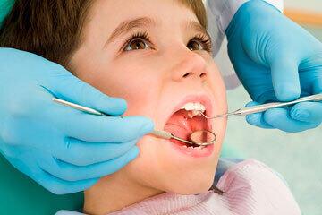 bs-Dentist-child-4955112-360
