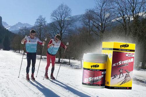 Mihhail Lukertšenk og Morten Sætha fra racing service til Swix og Toko under Ski-VM 2021 i tyske Oberstdorf. Foto: Swix.