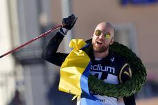 Tord Asle Gjerdalen inn i mål som vinner av Vasaloppet 2021. Foto: Schmidt/NordicFocus.