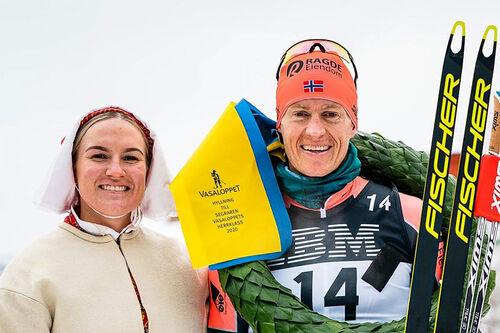 Petter Eliassen etter seieren i Vasaloppet 2020. Foto: Schmidt/NordicFocus.