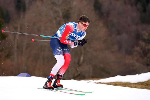 Harald Østberg Amundsen på vei mot VM-bronse på 15 km i Oberstdorf 2021. Foto: Thibaut/NordicFocus.