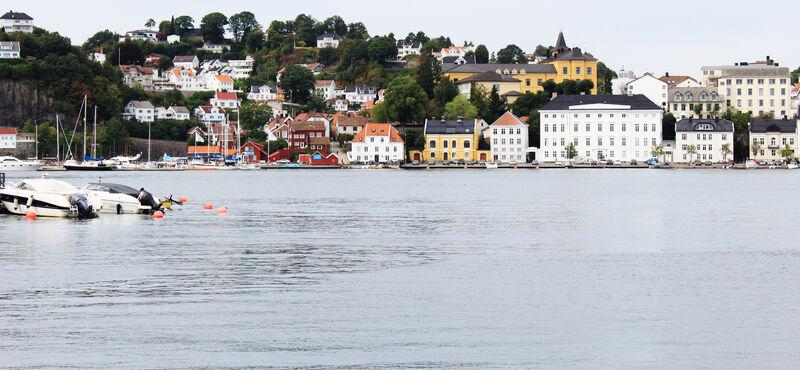 ARENDAL: Bildet viser Arendal, sett fra sjøen. foto: colourbox