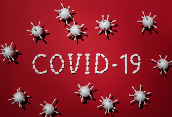 Bildet viser at det står Covid-19