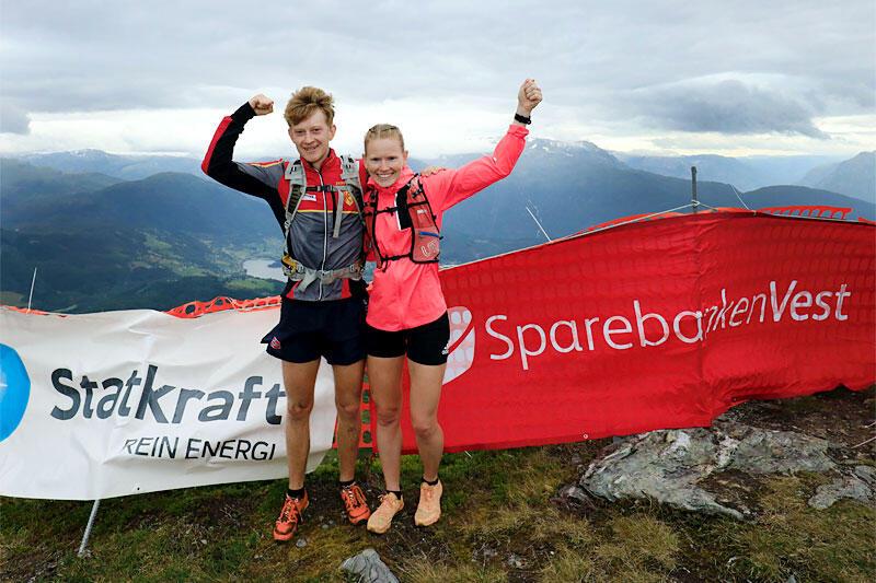 Håvard Eidsmo og Karoline Holsen Kyte vant Kvasshovden Opp 2021 på nye løyperekorder. Arrangørfoto.