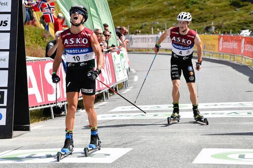 Gaute Kvåle spurtslo svenske Jens Burman og vant Lysebotn Opp. Foto: Hans Lie.