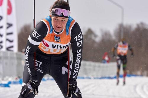 Britta Johansson Norgren fikk knapt gått skirenn hadde så vondt i føttene etter frostskadene fra La Diagonela i januar at hun knapt kunne gå på ski igjen før i mars. Foto: Visma Ski Classics/Magnus Östh