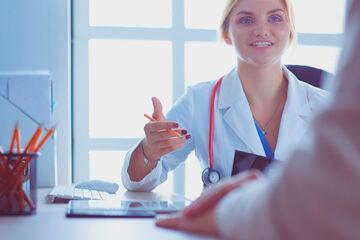 bs-Female-Doctor-327669985-360