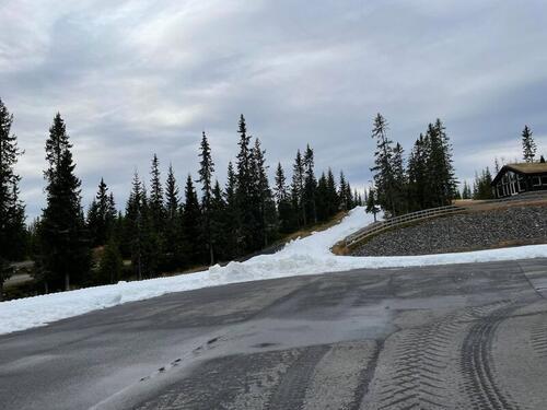 Natrudstilen skistadion fredag 15.10. Foto: Sigmund Hov Moen