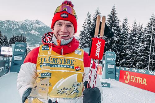 Aleksandr Bolsjunov etter seieren i Tour de Ski i vinter. Nå spørs det hvordan OL-sesongen blir for den russiske skistjernen, som har slitt med helsa siden juni. Foto: Morten Sætha