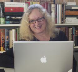 <br> Redaktør Heidi og den trofaste Mac'en hennes