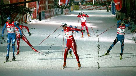 Tor Arne Hetland først over mål.