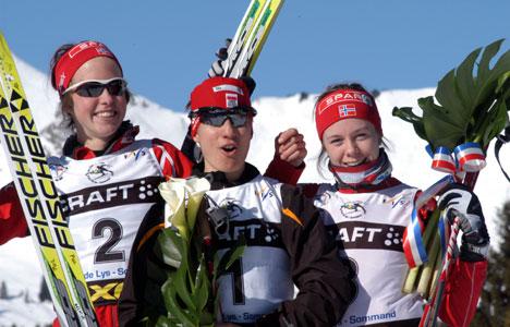Astrid Øyre Slind,Sylwia Jaskowiec og Marte Elden på pallen i U-23 VM.