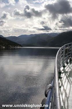Båttur til Sørfjorden, S
